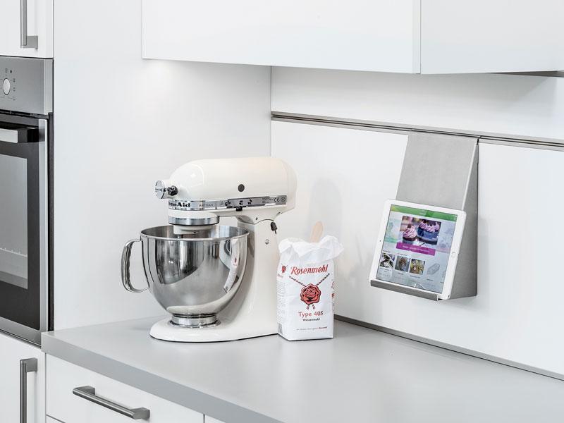 Stengele die meistermobel ambienta kuchen kuchen for Küchen wandpaneel